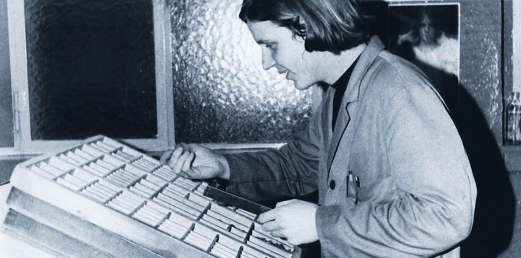 Uwe Steinacker in seiner Schriftsetzer-Lehre