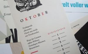 Liebevoll: Kalendersprüche im Handsatz mit Vignetten und 2. Druckform in Farbe.