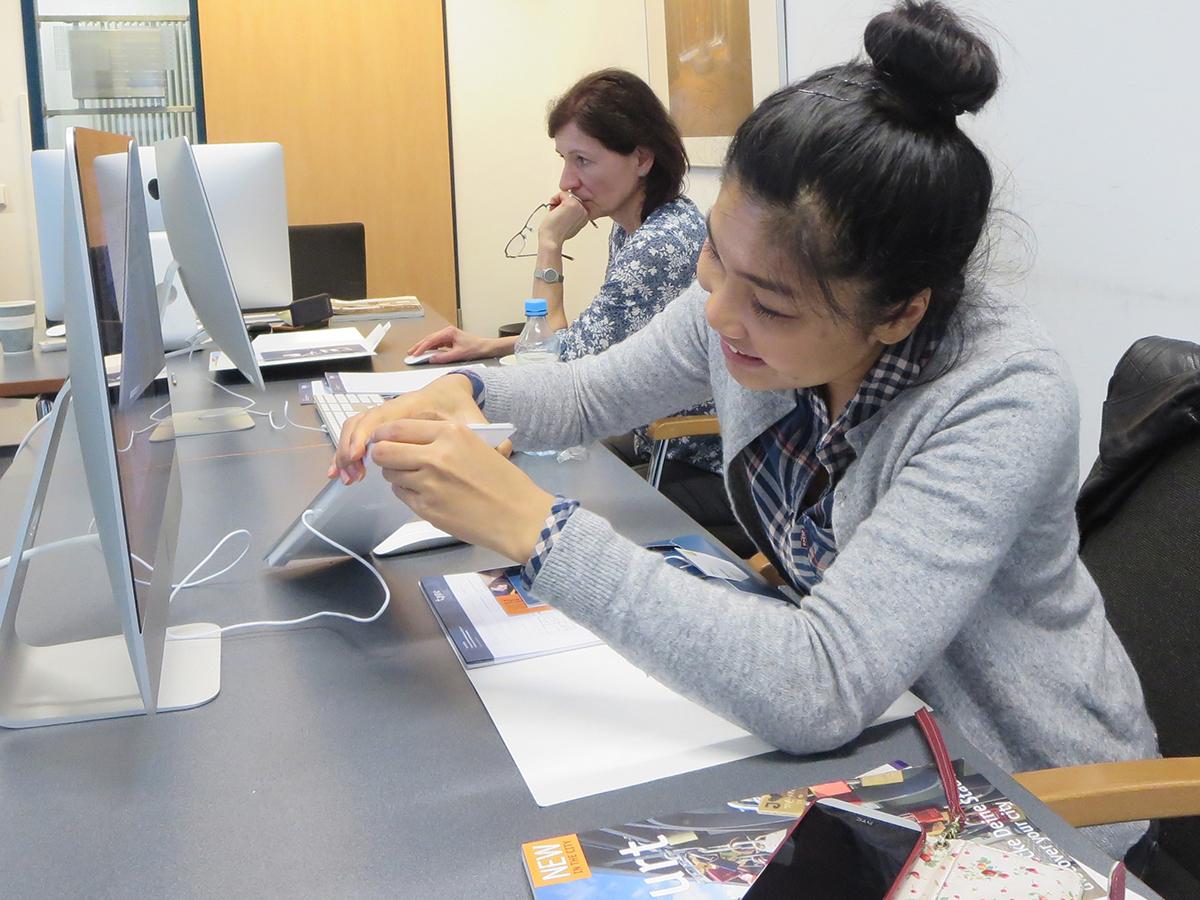 Teilnehmer beim Digital Publishing Workshop mit InDesign und Aquafadas in der Frankfurt School of Finance and Management