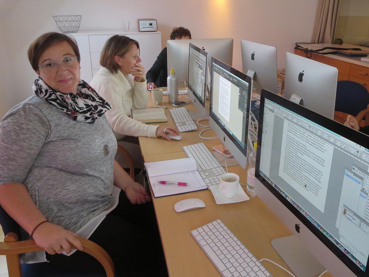 Teilnehmer der Weiterbildung zum Thema Typografie und Layout in Wien
