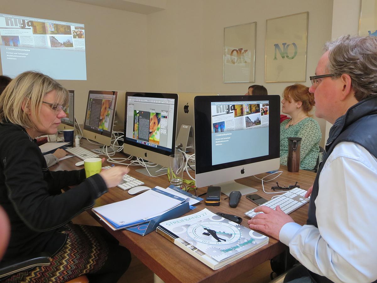 Teilnehmer bei der Weiterbildung zum Thema Detailtypografie im April 2016 in Düsseldorf.