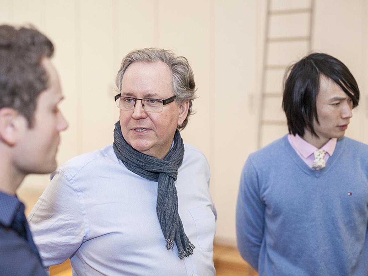 Uwe Steinacker mit Kursteilnehmern