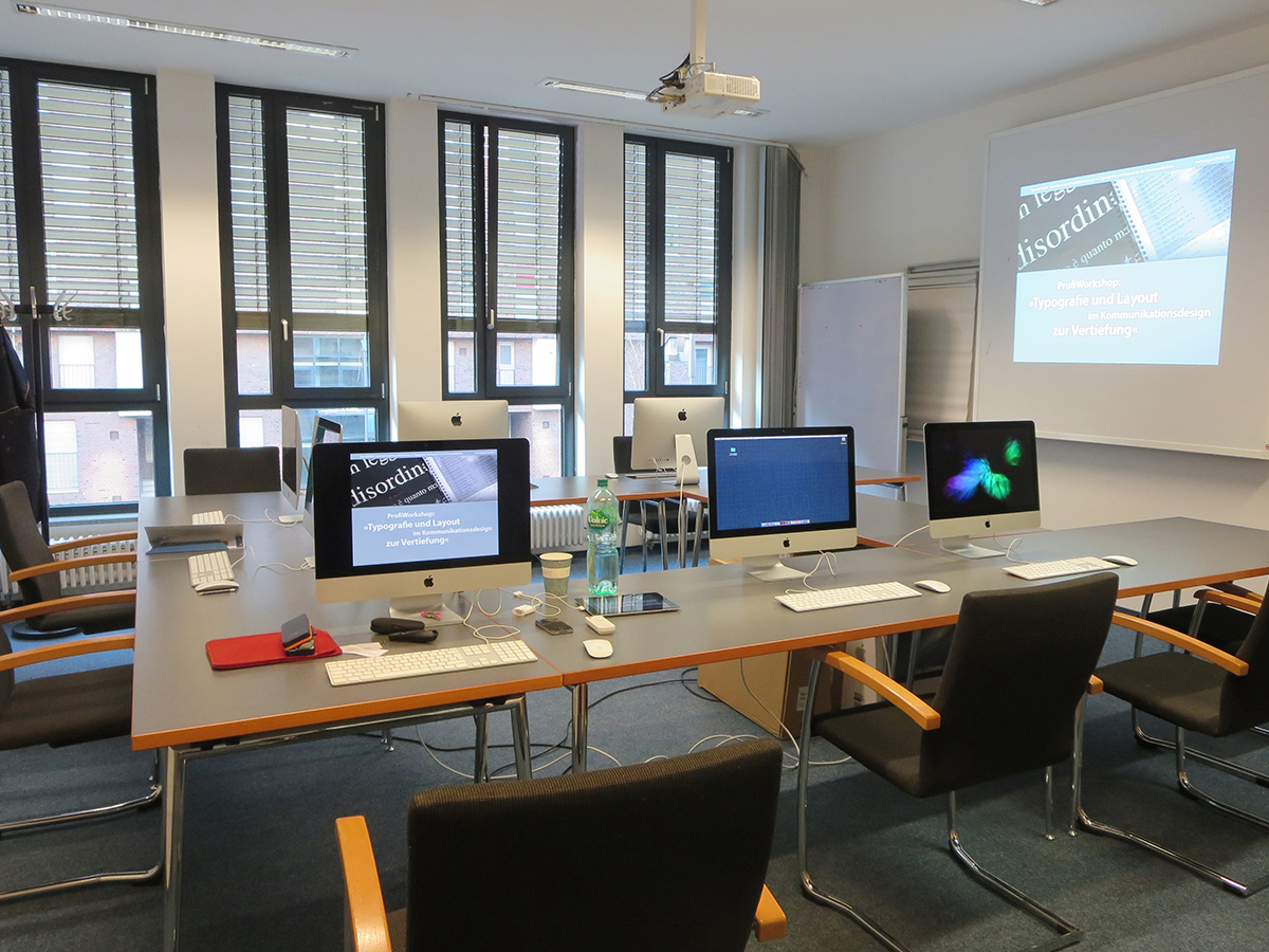 Digital Publishing Workshop mit InDesign und Aquafadas in der Frankfurt School of Finance and Management