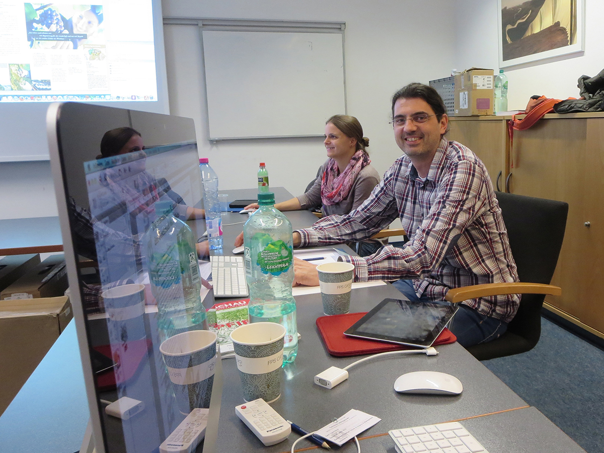 Teilnehmer beim Digital Publishing Workshop mit InDesign und Aquafadas in der Frankfurt School of Finance and Management