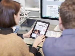 Workshop-Teilnehmer gestalten eine Tablet-App mit Adobe InDesign und dem kostenlosen Plugin Aquafadas.